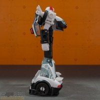 autobot_alliance_prowl_007