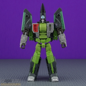 curse_armada_thrust_001