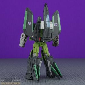 curse_armada_thrust_003