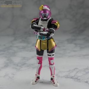 shf_kamen_rider_poppy_005