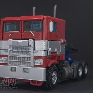 Optimus Prime Studio Series 38 Preview