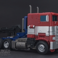 Optimus Prime Studio Series 38 Preview 02