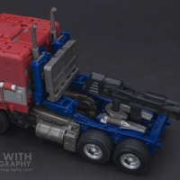Optimus Prime Studio Series 38 Preview 09