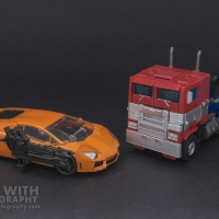 Optimus Prime Studio Series 38 Preview 13