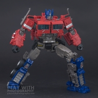 Optimus Prime Studio Series 38 Preview 19