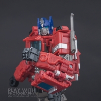 Optimus Prime Studio Series 38 Preview 21
