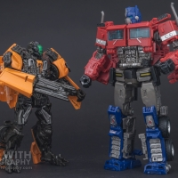 Optimus Prime Studio Series 38 Preview 27